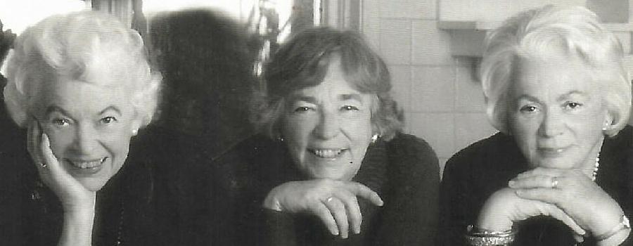 Grete Hale, Gay Cook, et Jean Pigott